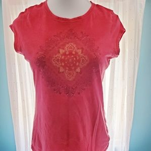 Women's red short sleeve shirt